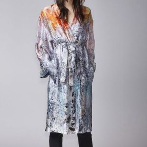 NWT Halo S lux Kimono abstract splatter ombré